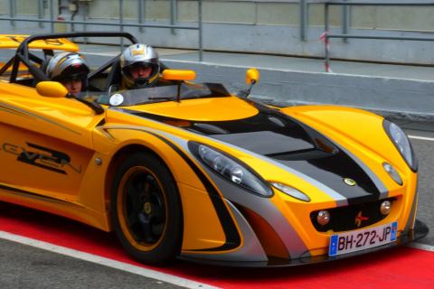 Lotus-2-eleven-145-france