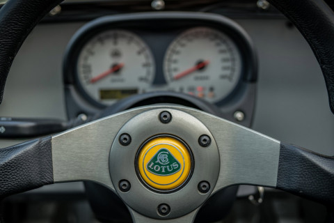 Lotus 211