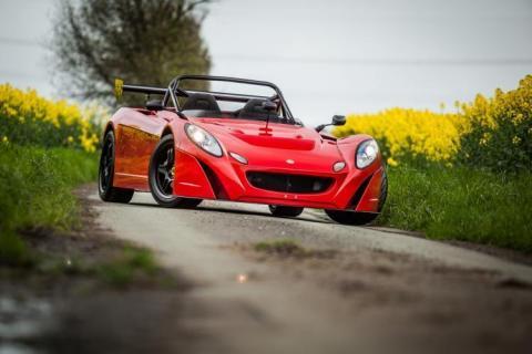 Lotus-2-eleven-358